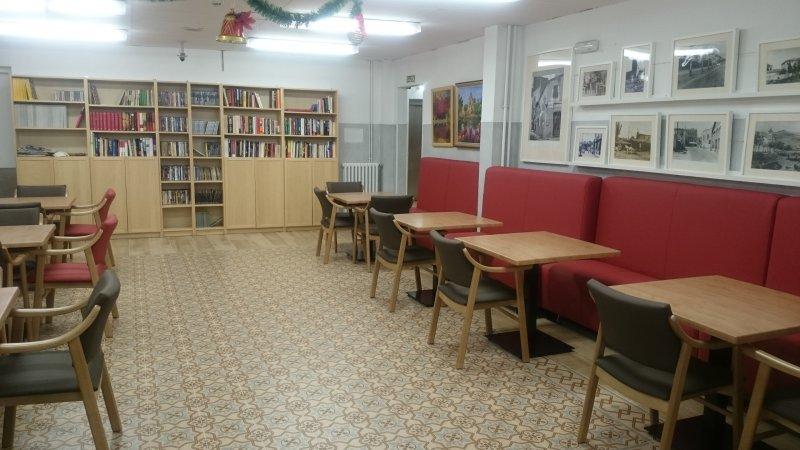 Biblioteca y salas Residencia Barcelona